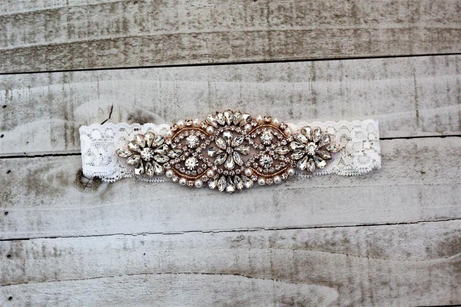 Hochzeit - SALE - Rose Gold Bridal Garter, Lace Wedding Garter Set, bridal garter set, vintage rhinestones WHITE C01RG