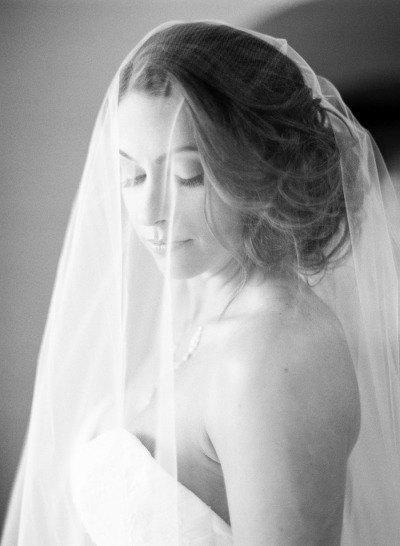 Свадьба - Double 2 tier Fingertip length Wedding Bridal Veil white, ivory, Wedding veil bridal Veil Double 2 Layer Fingertip length veil bridal