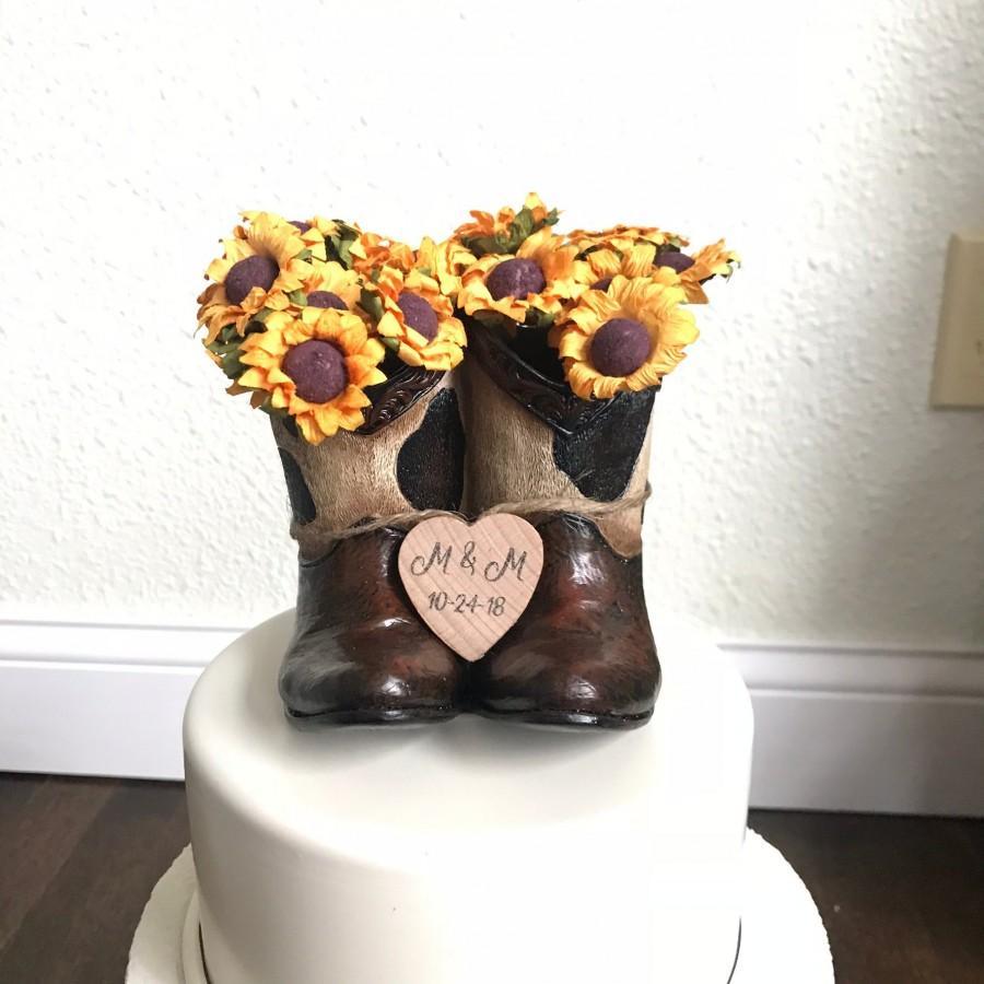 Hochzeit - Rustic Wedding Cake Toppers / Cowboy Wedding Cake Topper / Country Wedding/Rustic Wedding / Cowboy Boots Wedding