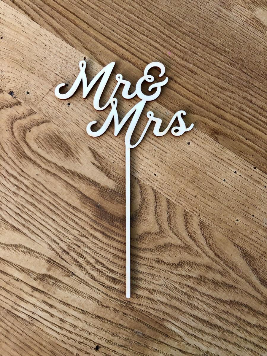 Hochzeit - Mr and Mrs cake topper