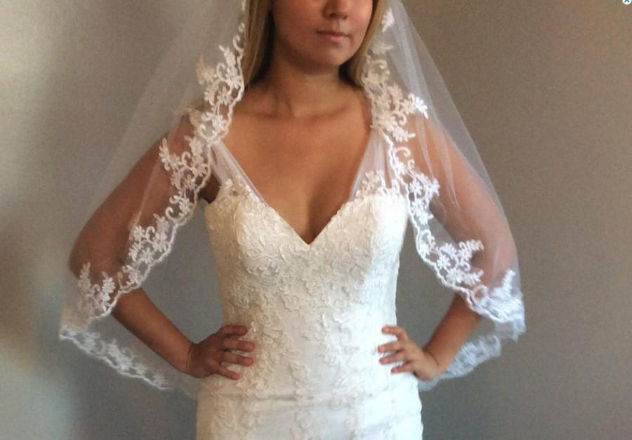Wedding - Bridal veil with comb, white veil, ivory veil, lace veil