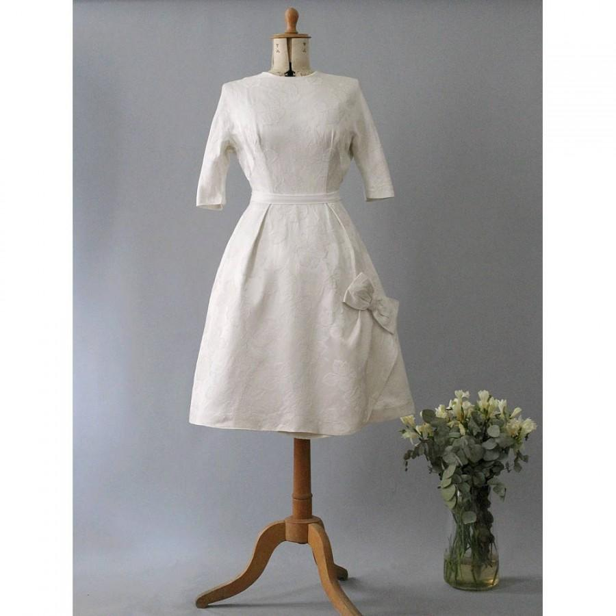 Свадьба - Toujours 1950s French wedding dress silk damask roses knee high/50s french New Look wedding dress