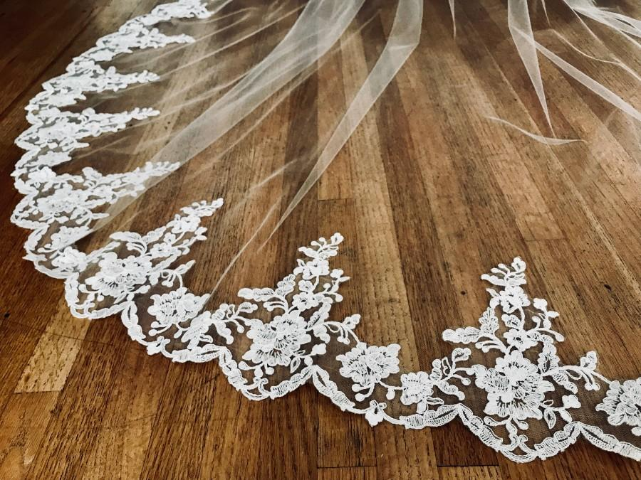 Hochzeit - Cathedral veil, chapel lace veil, embroidered lace veil, lace at hem, floral lace, light ivory veil, diamond white veil, veil.