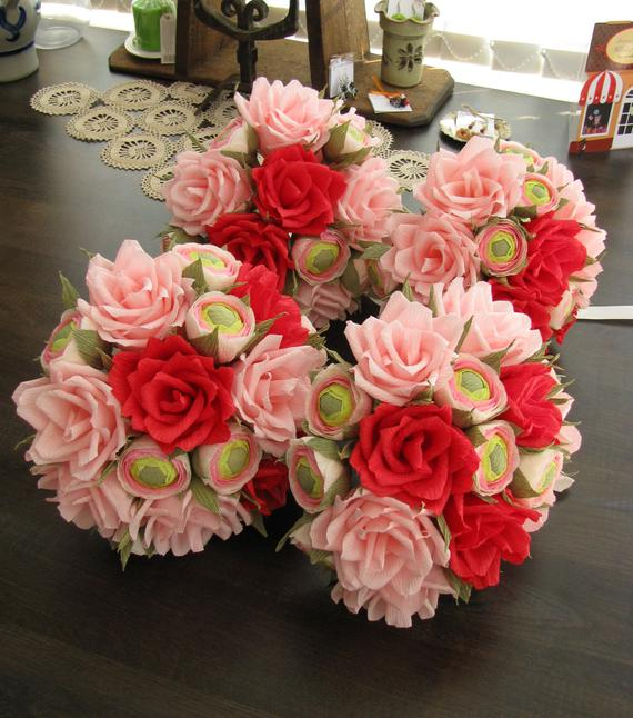 Wedding - Set of paper wedding bouquets/ Bridesmaid/ Bridal shower/ Wedding bouquet, Red roses, Pink paper roses, Bridal bouquet ranunculus buds