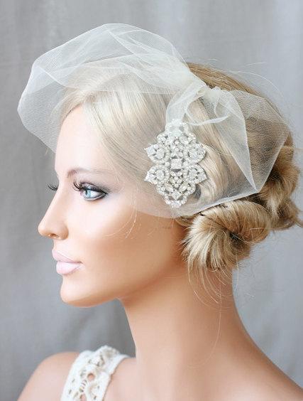 Mariage - Art Deco Hair Comb, Mini Veil, Mini Tulle Veil, Birdcage Veil, Blusher, Bridal Tulle Veil