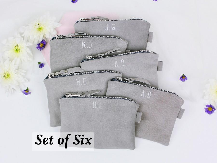 Mariage - Bridesmaid Suede Clutch Set // Bridesmaid Gift // Set of 6 Wedding Bags // Personalised Bridesmaid Bags // Leather Monogrammed Bag