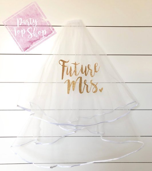 Mariage - Custom Bachelorette Veil, Bride To Be, Future Mrs Veil, Personalized Party Veil, Double Layer Veil, Stagette Bridal Shower Gift