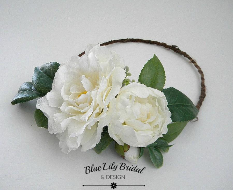 Mariage - Ready To Ship-Flower Crown or Hair Clip with  Real Touch Camellia in White/ Wedding Flower Crown/ Photo Prop/ Bridal Hair Piece