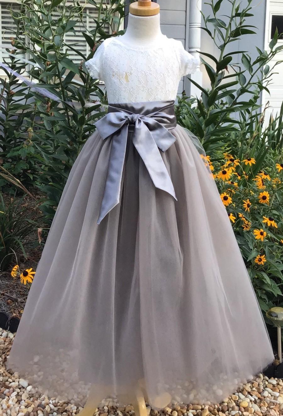 Свадьба - Free shipping to USA Grey  Long Tulle Skirt,Grey Tutu Skirt for Flower Girls, Grey Floor Length Skirt, Photo Prop Tulle Skirt