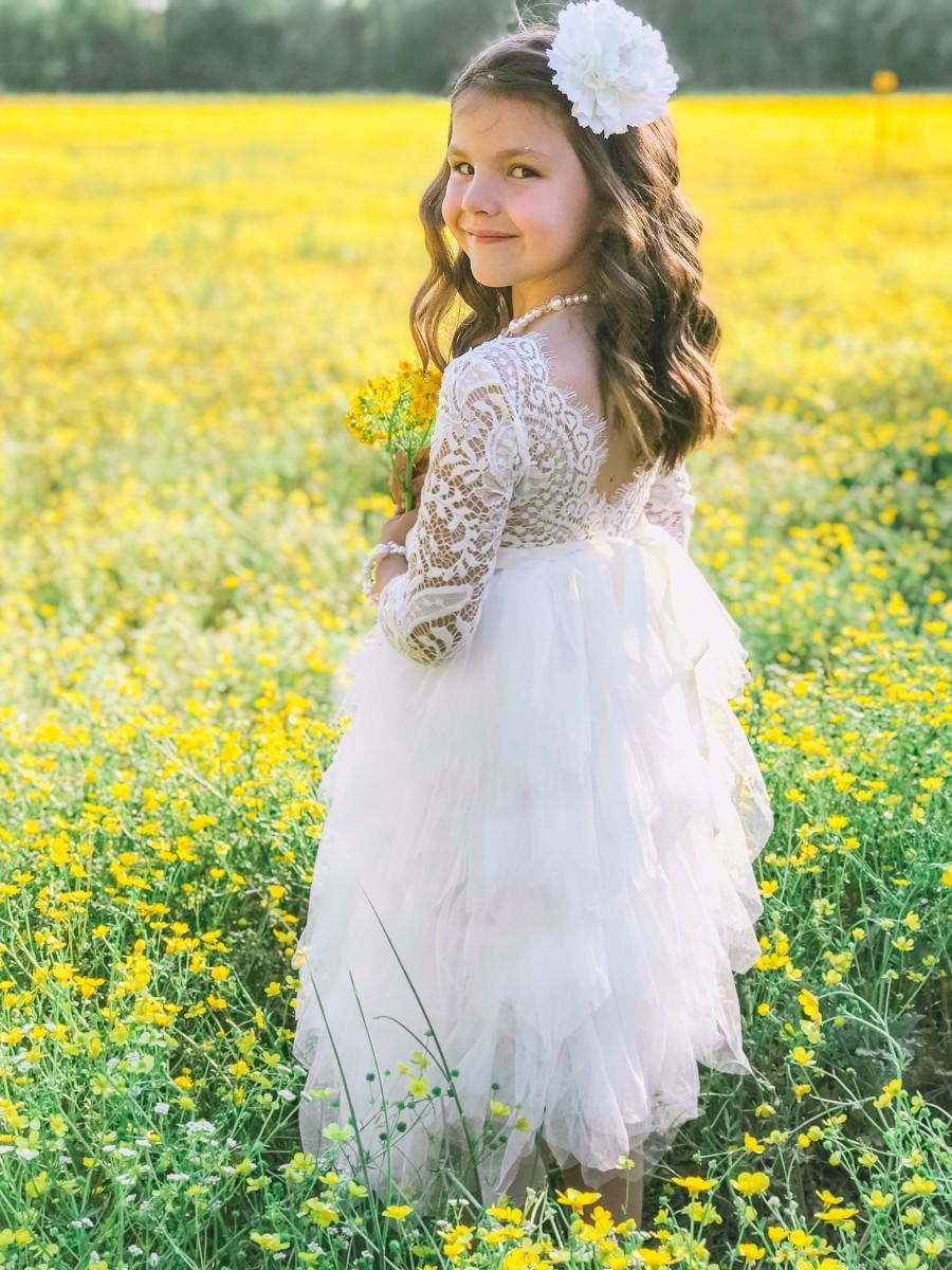 Свадьба - Vintage lace dress for flower girl, White Flower girl dress Flower girl belt First Communion dress