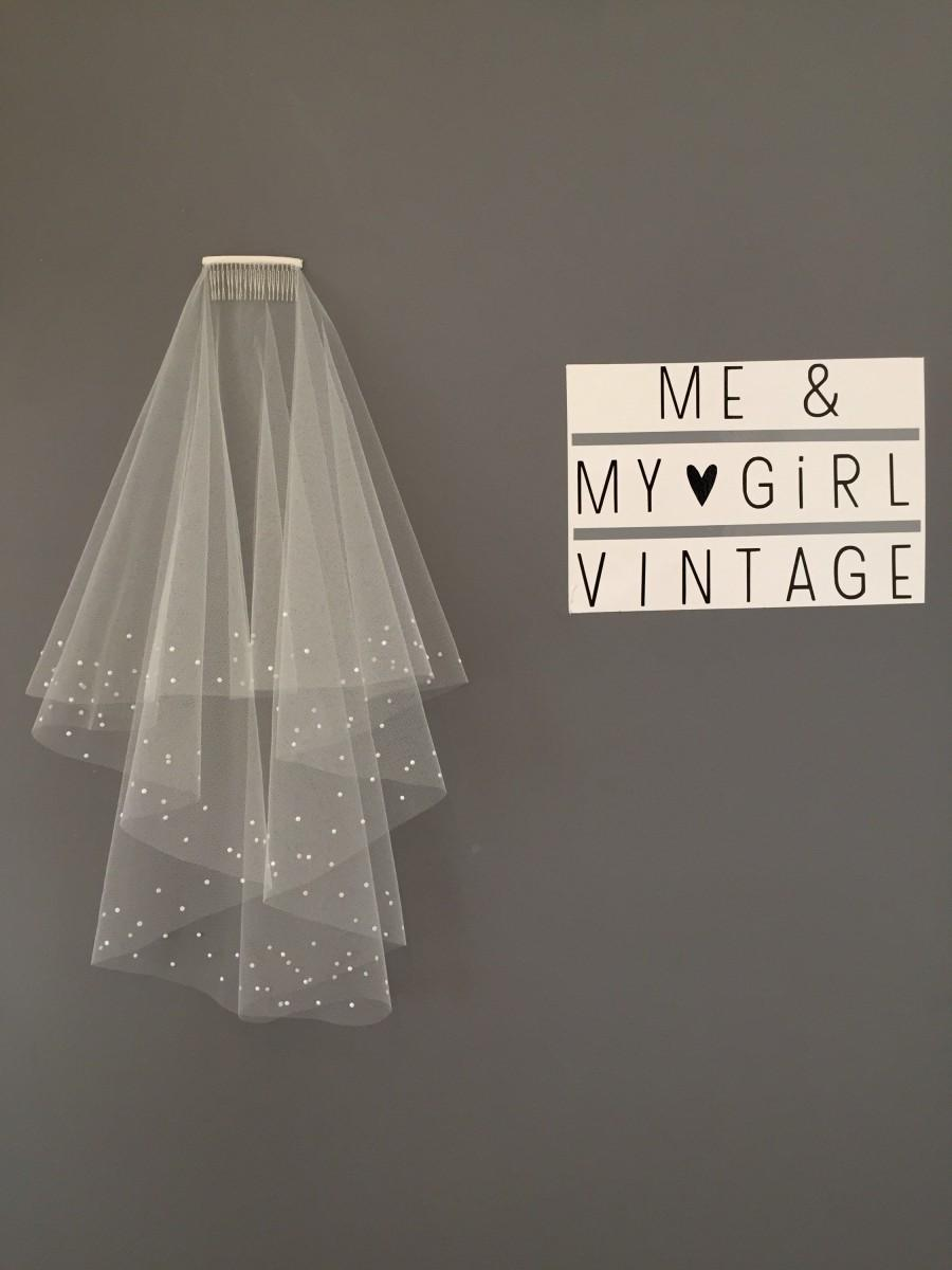 Hochzeit - Pearl edged wedding veil