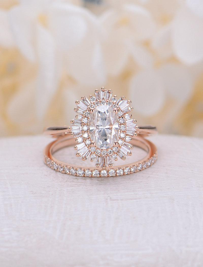 Engagement Ring Woman Rose Gold Halo
