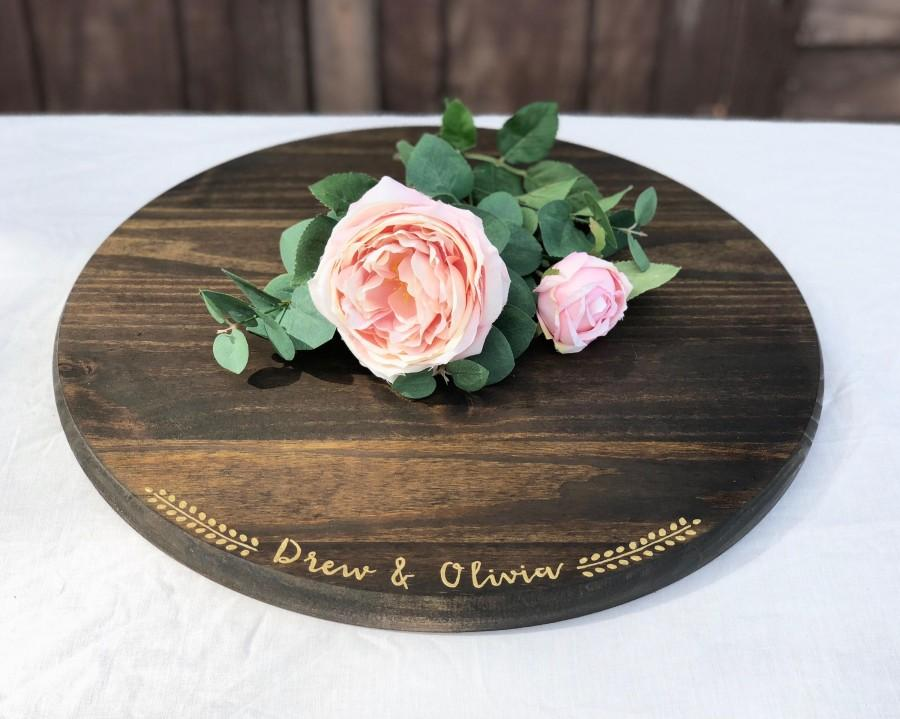 "Mariage - 18"" Custom Rustic Cake Stand - Round Wedding Cake Stand - Rustic Wedding Decor - Wooden Cake Platter"