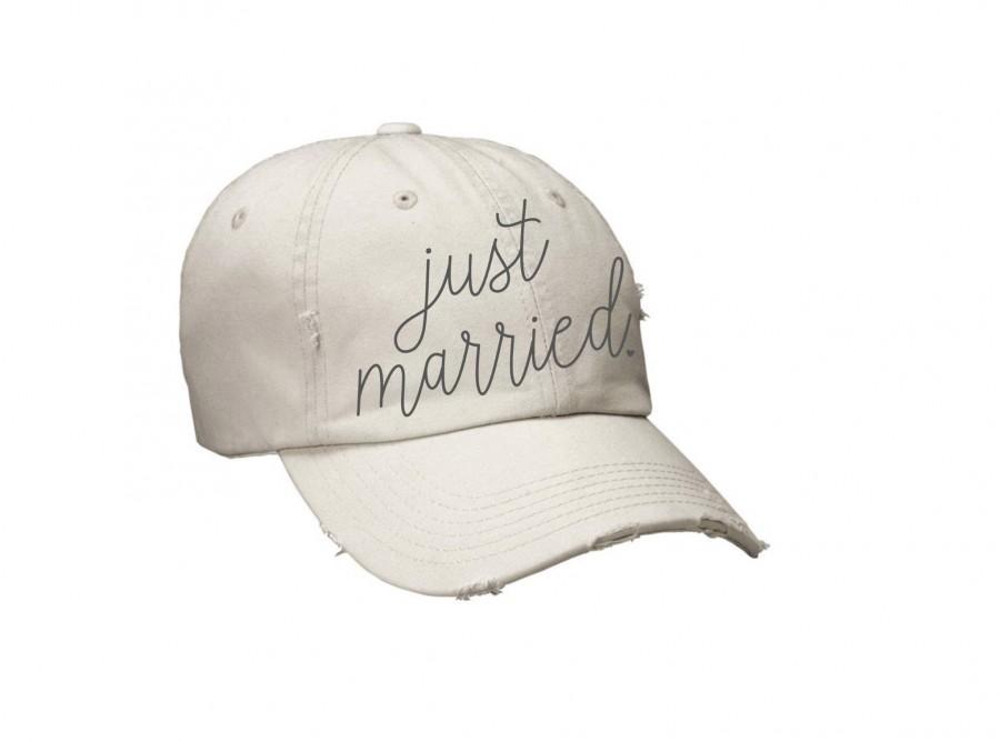 Hochzeit - Bride Vibes Hat, Mrs Hat, Bachelorette Hats, Just Married Hat, Honeymoon Hat, Bridal Shower Gift, Bride Gift, Newlywed Gift