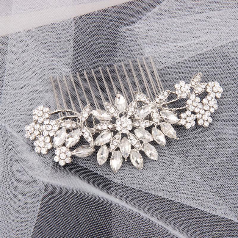 Mariage - Crystal Bridal Hair Piece Rhinestone Bridal Hair Comb Silver Wedding Bridal Hair Accessories Crystal Bridal Headpiece Bridal Veil Comb Clip