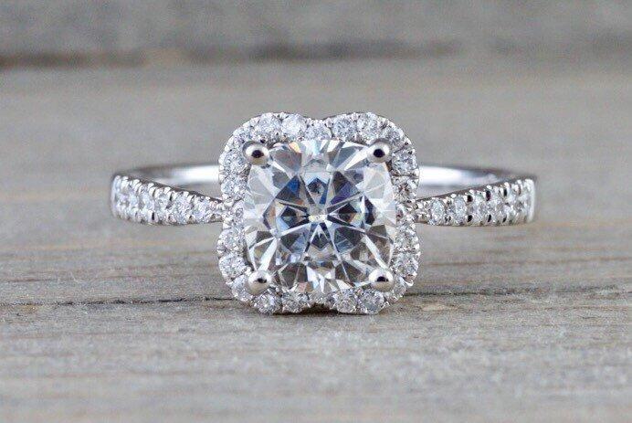 زفاف - 6.5mm Charles Colvard Forever Brilliant Cushion Moissanite 14k White Gold Flower Clover Diamond Halo Engagement Promise Ring