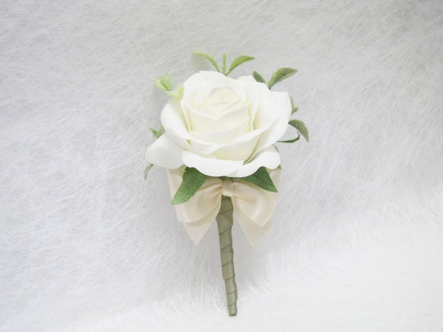 Mariage - Real Touch White Rose Corsage / Boutonnieres, Real Touch Rose Boutonnieres, Cottage Wedding Corsage, Wedding Boutonniere