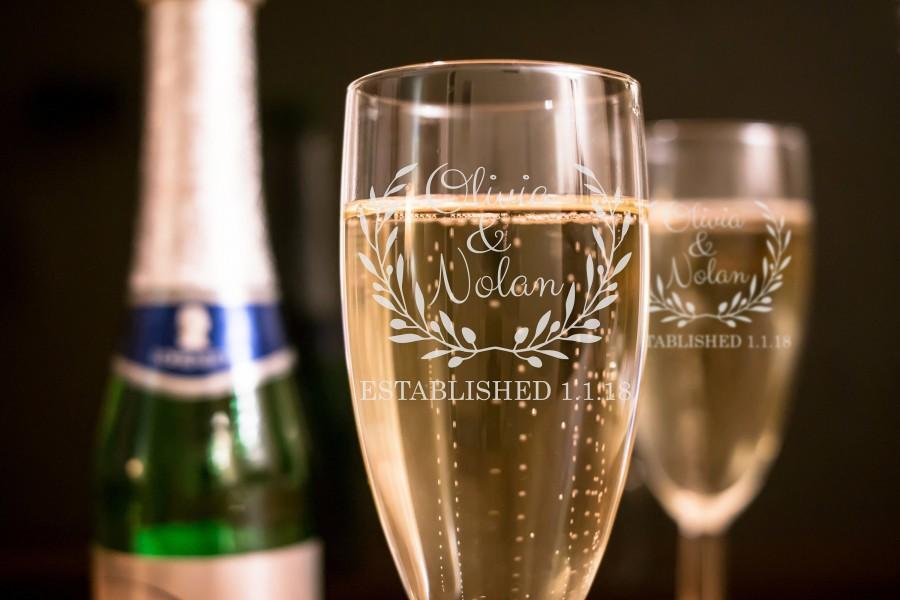 Wedding - Set of 2 - Laurel Wreath Wedding Toasting Flutes - Personalized Toasting Flutes - Personalized Wedding Glasses - Champagne Flutes - A