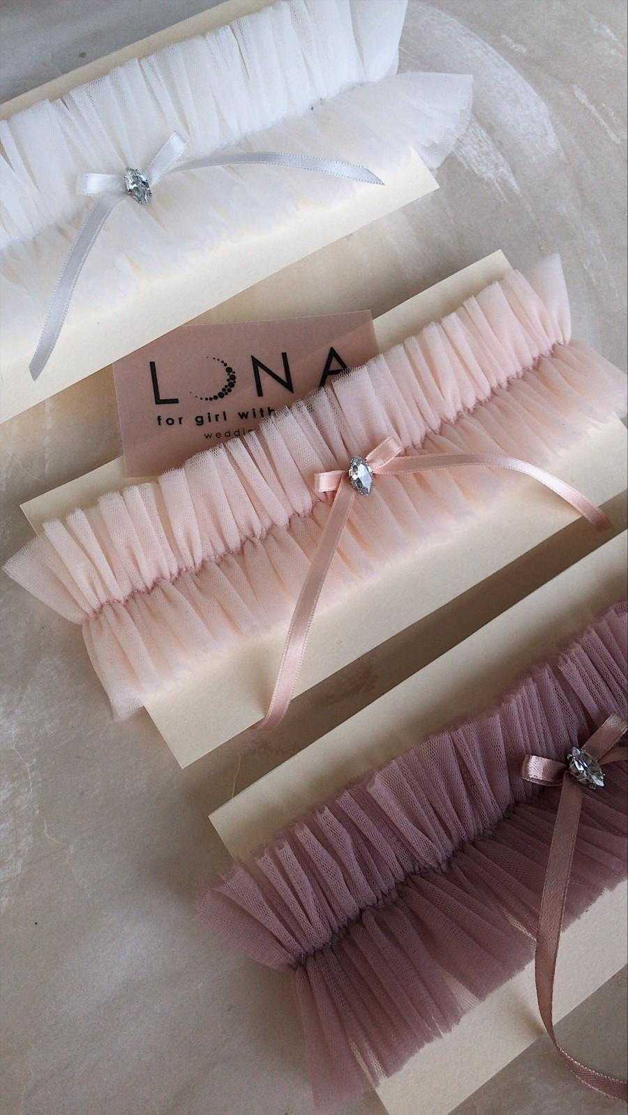 Свадьба - Bridal tulle garters for wedding morning / Personalized wedding garter for bachelorette party