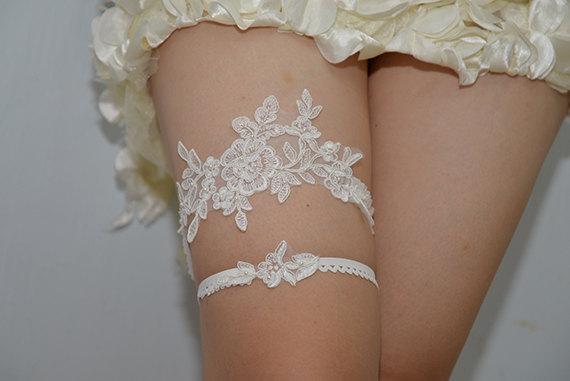 Mariage - white bridal garter, white lace garter, wedding garter, bride garter,, vintage garter,