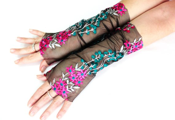 Свадьба - Black evening formal gloves, floral lace gloves, party gloves, corset arm warmers laced up, opera fingerless gloves, cosplay lolita sexy
