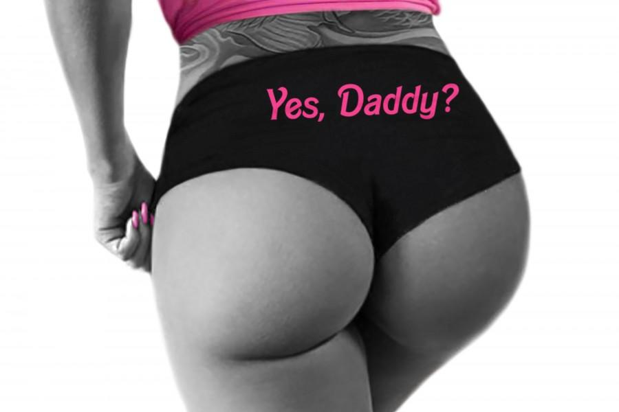 زفاف - Yes Daddy Panties DDLG Clothing Sexy Slutty Cute Funny Submissive Naughty Boy Short Bachelorette Gift Booty Panty Womens Underwear