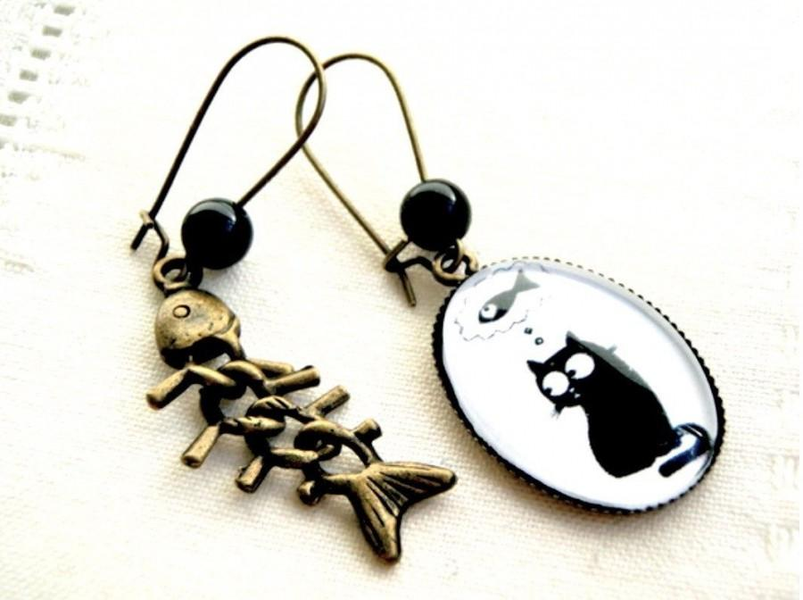 Wedding - Ovale Earrings Cat and fishbone, bronze and glass.