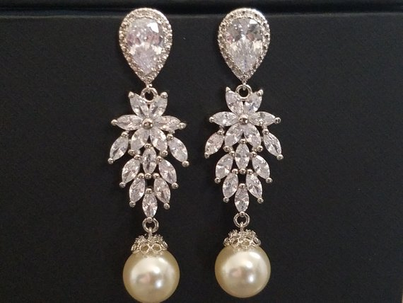 Свадьба - Wedding Cubic Zirconia Pearl Chandelier Earrings, Swarovski Ivory Pearl Bridal Earrings, Vintage Style Earrings, Victorian Crystal Earrings
