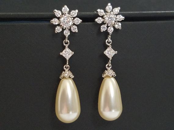 Wedding - Bridal Teardrop Pearl Earrings, Swarovski Ivory Cream Pearl Silver Earrings, Pearl Wedding Earrings, Pearl CZ Chandelier Earrings, Weddings