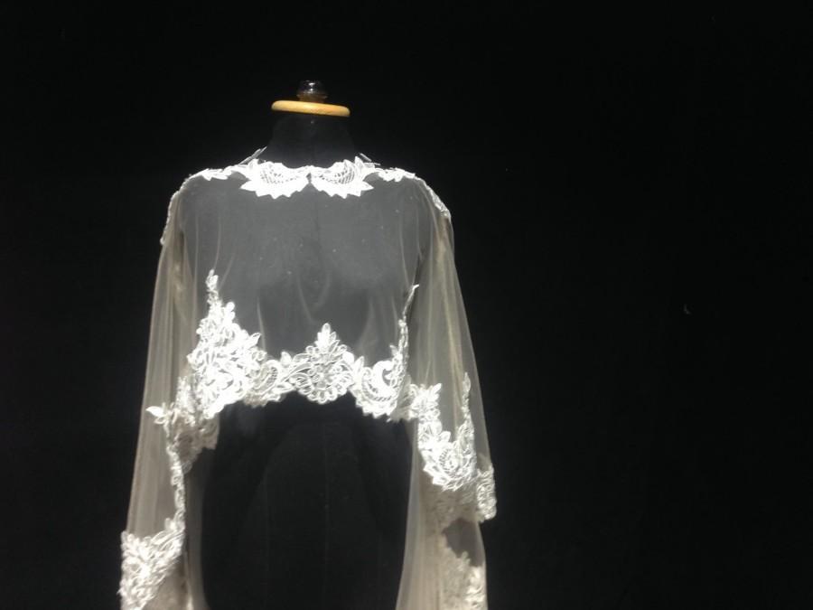 Mariage - wedding cape veil, bridal cape veil, lace cape veil, champagne cape veil, cathedral cape veil, white cape veil, cape veil with beading lace