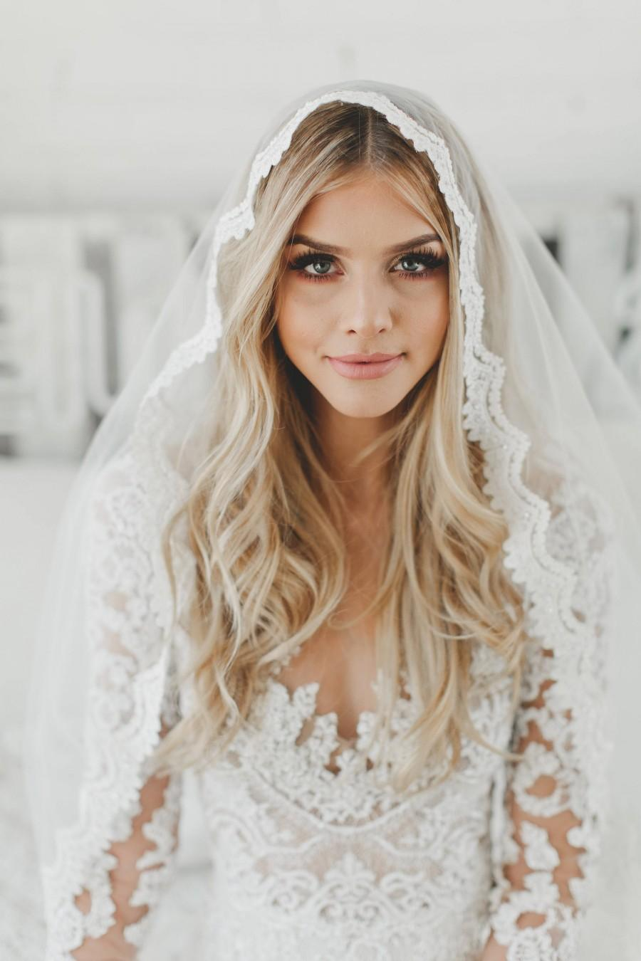 زفاف - Fingertip Lace Veil, Bridal Veils, Fingertip Length Lace Veil, Wedding Veil, Catholic Mantilla Veil, Lace Edge Veil, Single Layer Veil, 1605