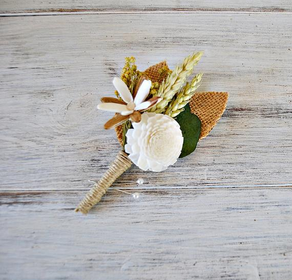 Mariage - Ivory Rustic Boutonniere, Sola Wood Bouttonhole, Groom Alternative Boutonniere, Rustic Wedding.