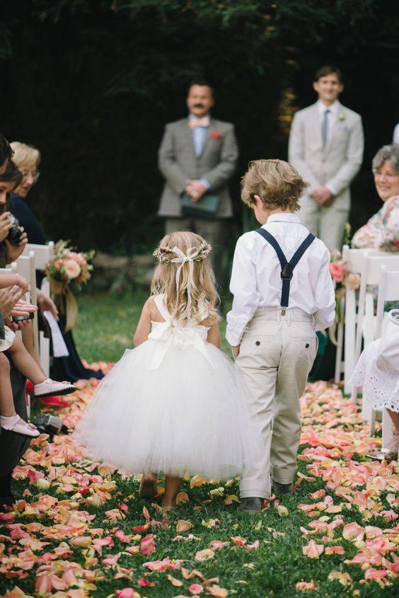 Wedding - Flower Girl Ivory, Pinterest dress, Style Me Pretty, Tutu Dress, Weddings, Flower girl dress, girls dress, tulle dress, tea length, gowns