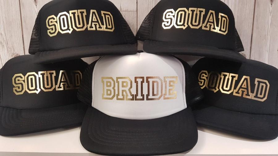 Mariage - BRIDE & SQUAD Hen Party Night Snapback Baseball Caps Hats And Gold Foil Print