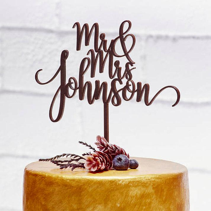 زفاف - FREE SHIPPING-Custom Wedding Cake Toppers Love Anniversary Cake Topper Bride and Groom Wood Cake Topper Mr Mrs Wedding Cake Decorations