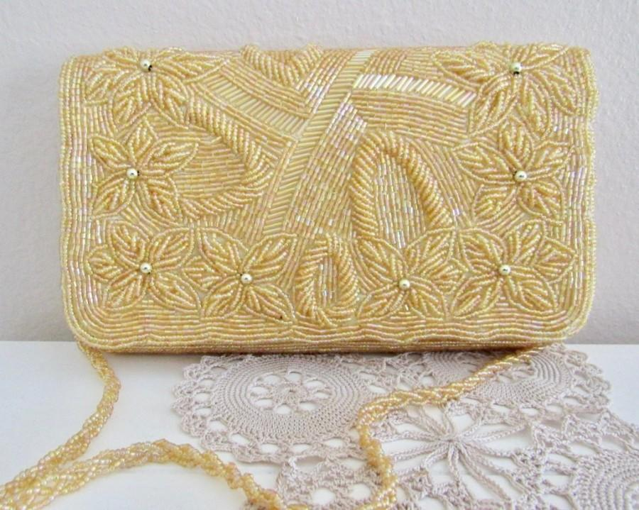 Mariage - Yellow beaded clutch