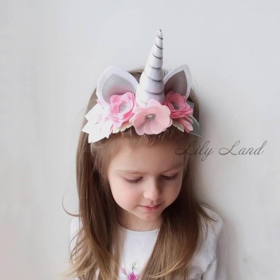 Свадьба - Girls headband Unicorn Flower Headband Unicorn Horn birthday headband baby headband First Birthday Party Unicorn Hair Clip Unicorn Bow