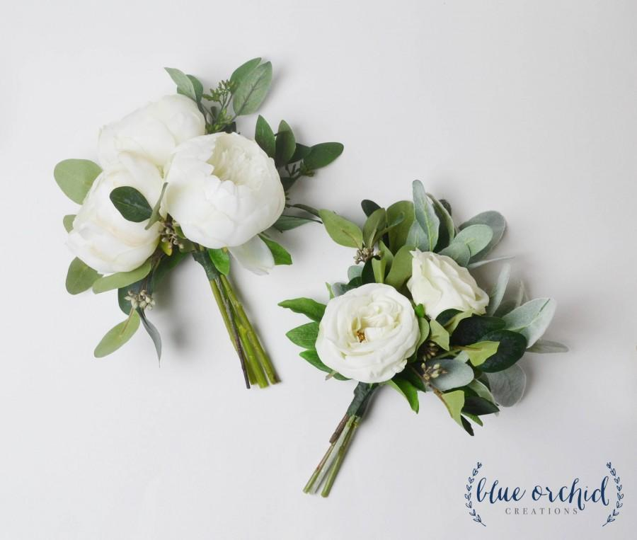 Hochzeit - Bridesmaid Bouquet, Wedding Flowers, Wedding Bouquet, White and Green Bouquet, Greenery Bouquet, Bridesmaid Flowers, Wedding Flower Set