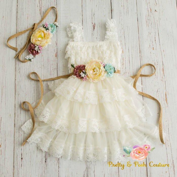 Mariage - lace flower girl dress-rustic flower girl dress- lace girls dress- lace baby dress- Burlap wedding dress- country flower girl- girls dress