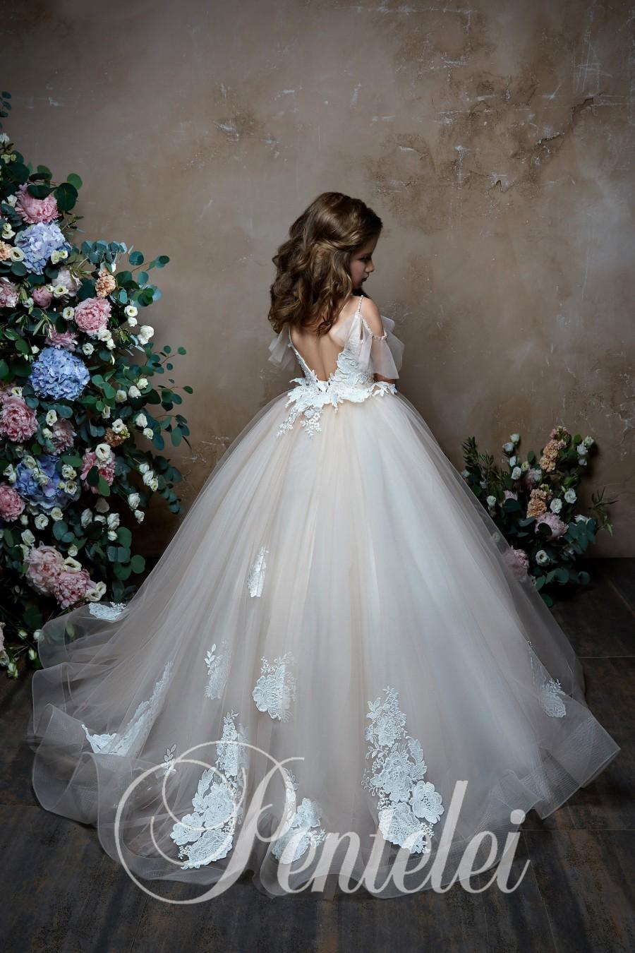 Mariage - Flower Girl Dress, Tulle Flower Girl, Tutu Flower Girl, Flower Girl Dresses, Satin Dress, Birthday Party, Tutu Flower Girl Dresses