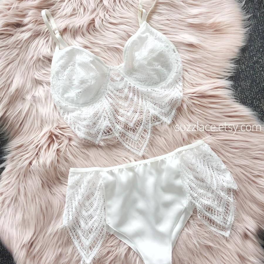 Mariage - Bridal Lingerie Set, Lace Bralette, Satin Lace Pantie, Bridal Shower Bridesmaid Gift, Underwired Bralette, Women Underwear, Plus size