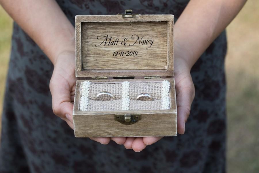 Mariage - Love Birds Ring Box Wedding ring box, Ring bearer box, Personalized wedding box, Engraved ring box, Custom Engagement box  Holder