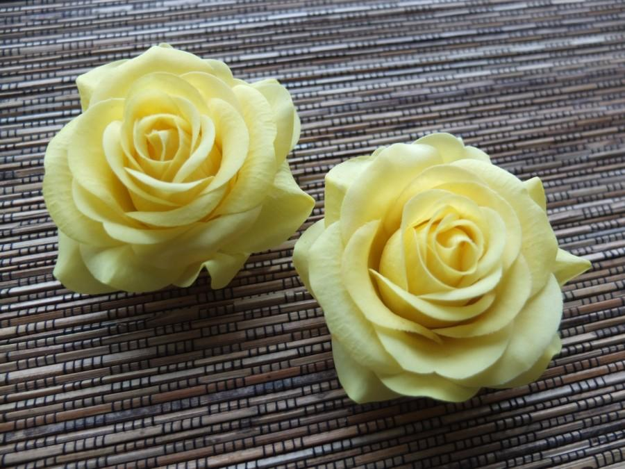 Mariage - A pair of Yellow Roses Hair clips, Wedding Accessories, Wedding Hair Flowers