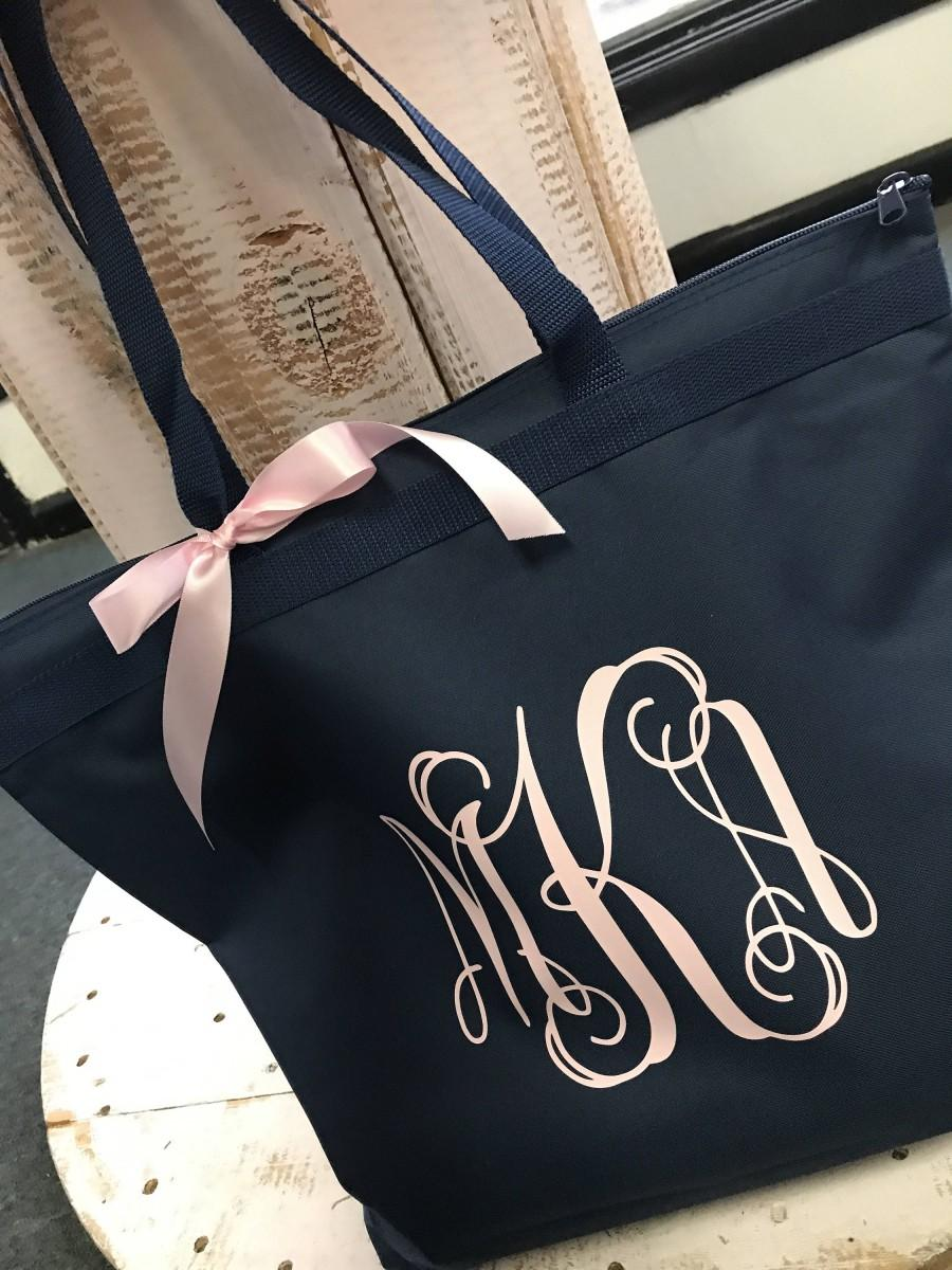 Hochzeit - bridesmaid totes/ bridesmaids gift/ personalized tote/ monogrammed tote/ bride tote/ bridesmaid bag/ proposal gift