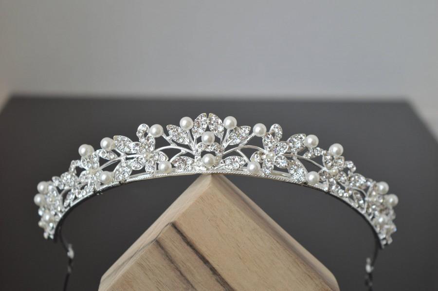 Wedding - Bridal Tiara,Pearl Tiara,Pearl Bridal Crown,Pearl Wedding Tiara,Pearl Wedding Hair Accessory,Wedding Headpiece,Bridal Hairpiece,Pearl Diadem