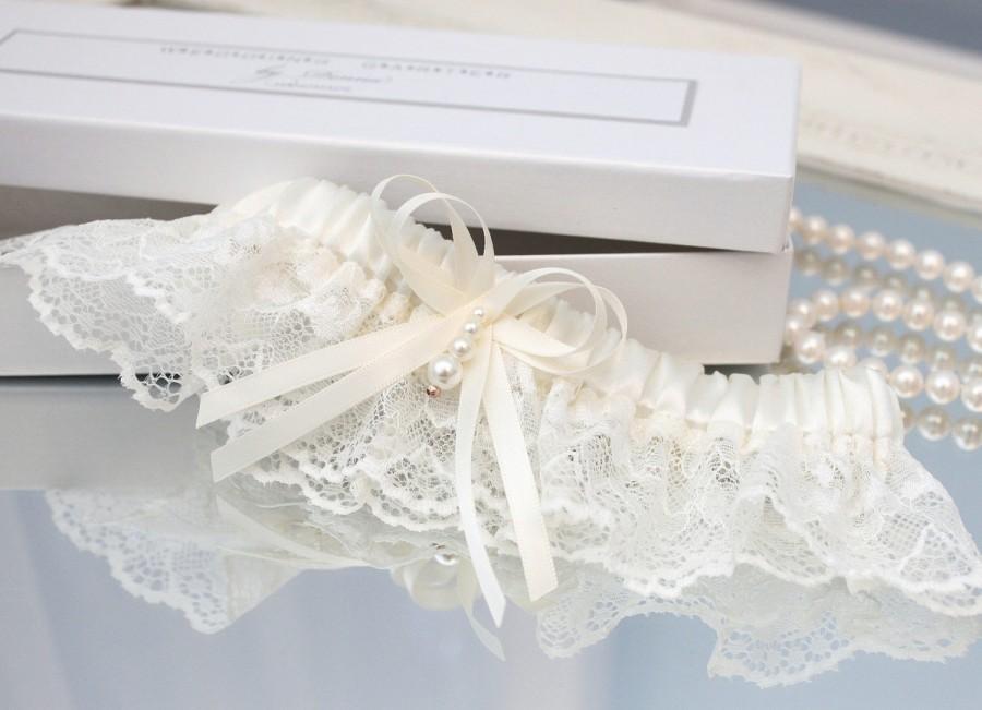 Wedding - ivory wedding garter, ivory bridal garter, ivory keepsake garter, ivory lace garter, beige wedding garter, beige garter, beige lace garter