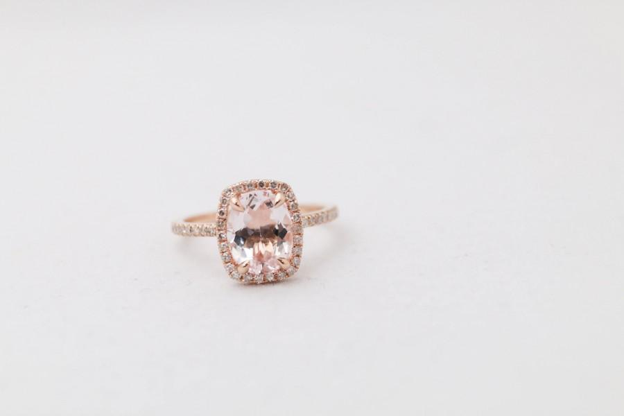 Mariage - Oval Morganite Engagement Ring or Oval Aquamarine Engagement Ring // Halo Engagement Ring