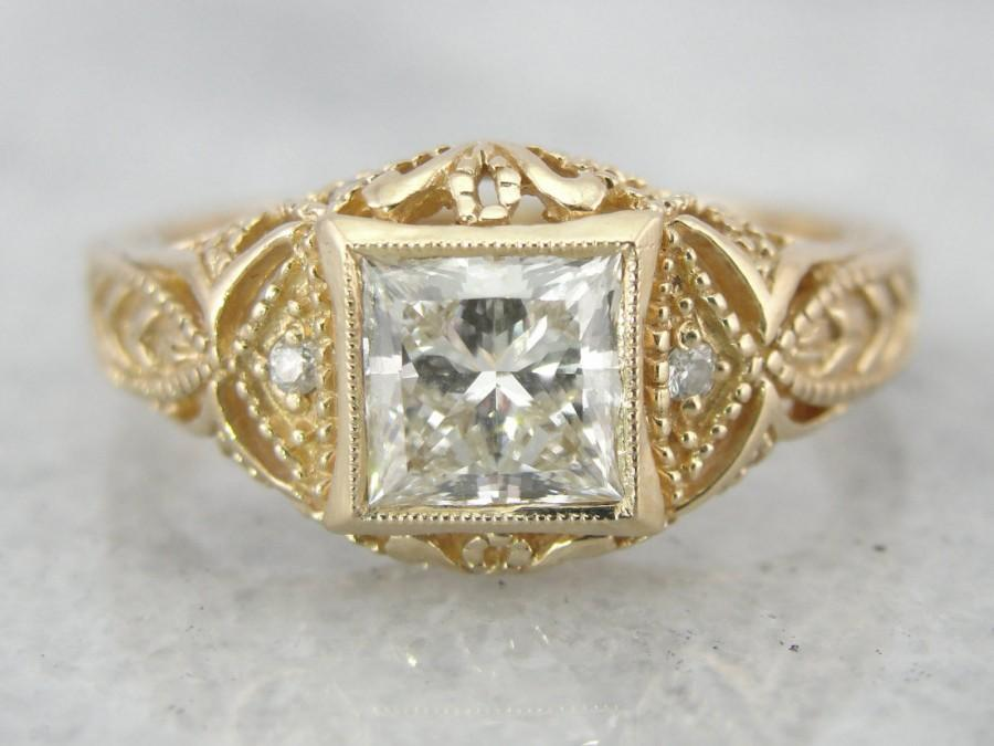 Wedding - Large, Very Fine Diamond in Ancient Style Filigree Engagement Ring 3JFNHU-N