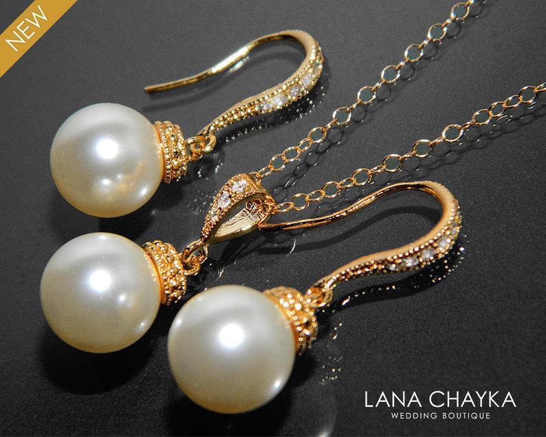 Hochzeit - Ivory Pearl Gold Jewelry Set Swarovski 10mm Pearl Earrings&Necklace Set Pearl Drop Jewelry Bridal Set Wedding Jewelry Bridesmaid Pearl Set