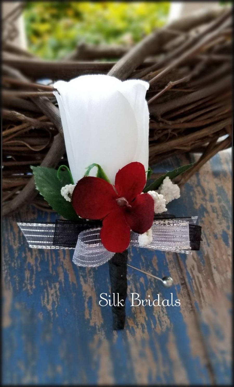 Hochzeit - White Rose Boutonniere apple red black silver Groom groomsman bridal silk wedding flowers father best man